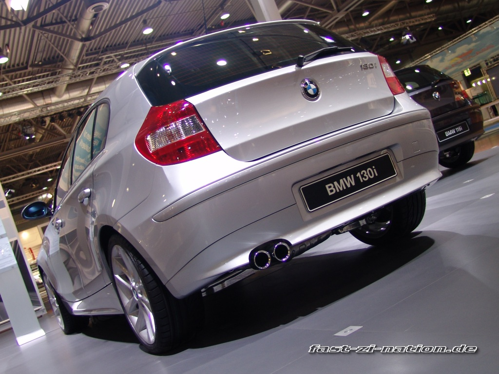 AMI 2005 wallpaper: BMW 130i (1-series)