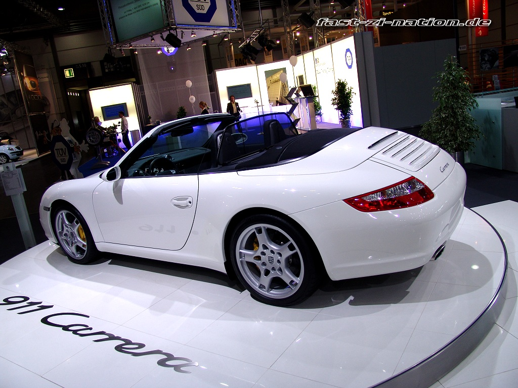 AMI 2005 wallpaper: Porsche 911 (997) Convertible