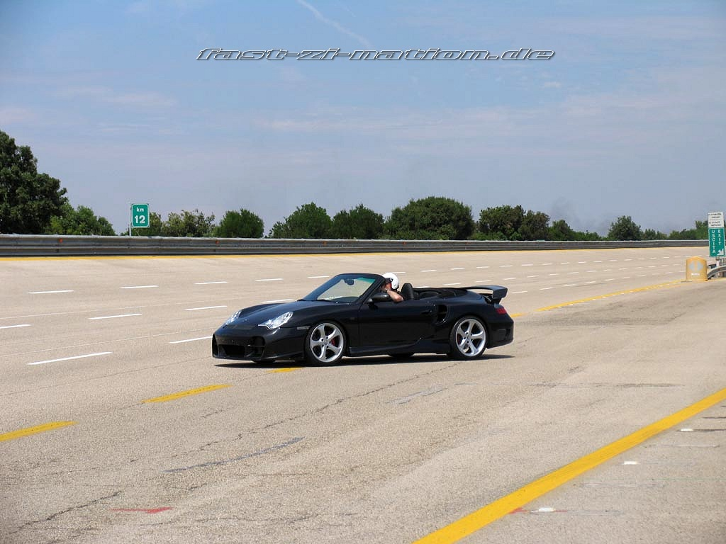 Porsche 911 (996) Cabriolet by TechArt (on the high speed track at Nardo) - desktop wallpaper in 1024x768