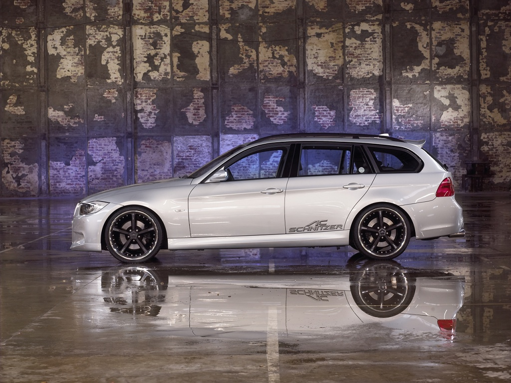 wallpaper 1024x768: BMW 3-series Touring/Sports Wagon by AC Schnitzer - left side view