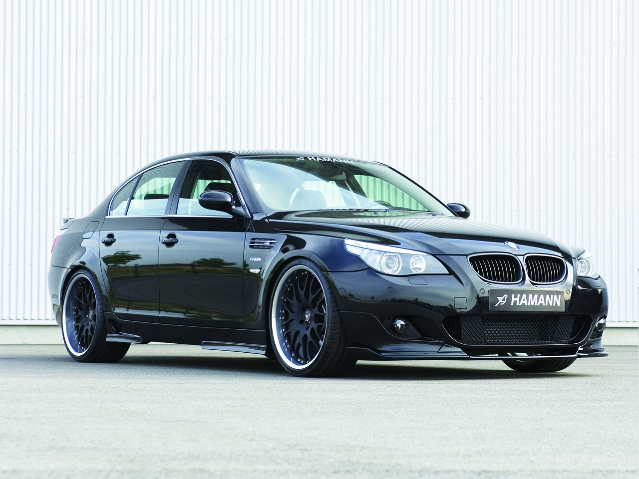 wallpaper 1280x960: Diesel-powered BMW 5-series by Hamann - right-front view