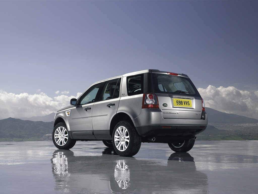 New Land Rover Freelander - wallpaper 1/4