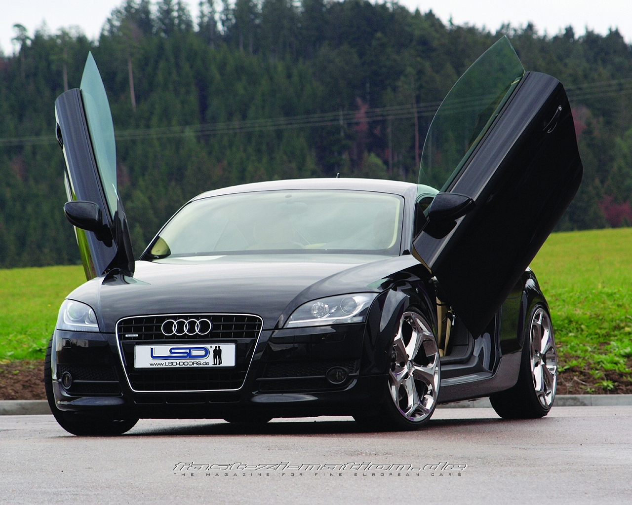 Audi TT with LSD Scissor Doors (front-left view) - desktop wallpaper in 1280x1024