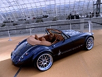 Wiesmann Roadster: Interior - Click here to see more