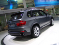 BMW X5 - right-rear view - click for wallpaper