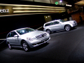 Mercedes Benz R-class - front-right view - click for wallpaper