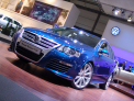 Volkswagen Passat Variant R36 - front-right view 1 - click for wallpaper