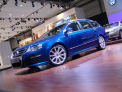Volkswagen Passat Variant R36 - left-front view - click for wallpaper