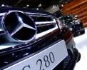 Mercedes-Benz C-class - front detail - Click for wallpaper