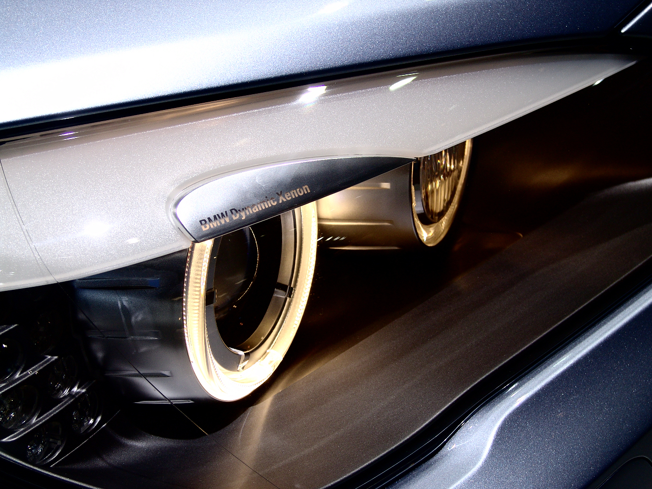 BMW 7-Series Head Lights