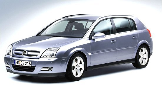 Opel/Vauxhall Signum - left-front view